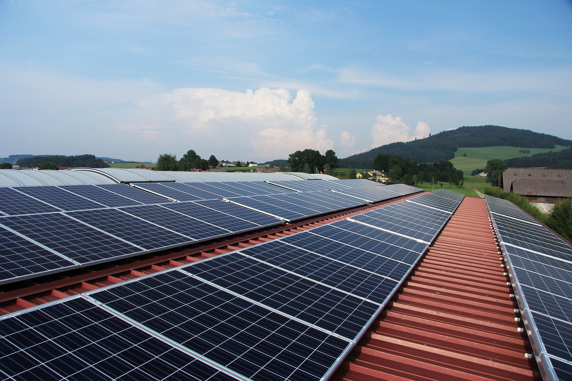 4 Things To Consider When Buying Commercial Solar Panels